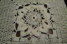 16 Petals pattern by Jenn Santa