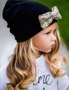 A beautiful little fashionista Fashion Kids, Little Girl Fashion, My Little Girl, My Baby Girl, Little Princess, Girly Girl, Little Fashionista, Baby Kind, Baby Love