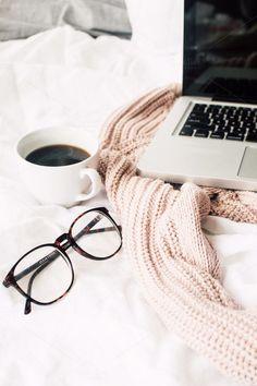 When you work from your bed #HappinessIsHere http://www.smartbuyglasses.co.uk/designer-eyeglasses/general/--Wayfarer---------------------