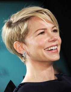 Simple Short Hairstyles for Women: Michelle Williams Short Haircut