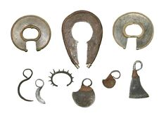 nilotic groups fighting bracelets, rings w.jpg - African sword and knife - African Weapons