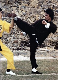 Bruce Lee (1973) promotion photo /Enter the Dragon