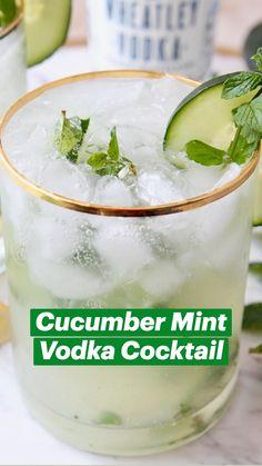 Alcohol Drink Recipes, Vodka Cocktails, Summer Cocktails, Fun Summer Drinks Alcohol, Fruit Drinks, Bar Drinks, Green Alcoholic Drinks, Beverages, Low Calorie Cocktails