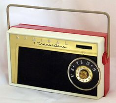 Vintage Admiral 7-Transistor Radio, Model 7M12, Made In USA, Circa 1957.