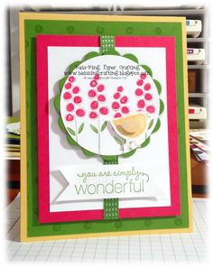 Hi stampers!  Where did another weekend go?  Since it's Monday, it's time for another mailable card!  This card uses a color combo that I go...