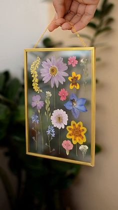 Pressed flower frame Diy Segment The p . - Pressed flower frame Diy Segment The p … - Art Mural Floral, Fleurs Diy, Pressed Flower Art, Pressed Flowers Frame, Ideias Diy, Diy Décoration, Nature Decor, Nature Crafts, Handmade Home