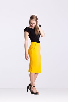 Bluzka flamenco - Ynlow-Designed - Bluzki z krótkim rękawem Waist Skirt, High Waisted Skirt, Skirts, Fashion, Flamingo, Moda, High Waist Skirt, Fashion Styles, Skirt