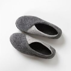 New 2016 collection Envelope slippers. One-of-a-kind handmade flat slippers is made in a durable but soft and warm textile - natural felted wool so these shoes feel like a second skin for your feet. It feels warm on a cold day and cool on a hot day due to insulation properties of the wool fibers. Felted envelopes slippers is a unique model you can't find in any other felted items shop. Its' manufacturing technology of layering wool in specific way to make your feet look smaller was created…