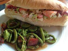À porc egal: Lobster roll, mayonnaise maison à la harissa et sa...
