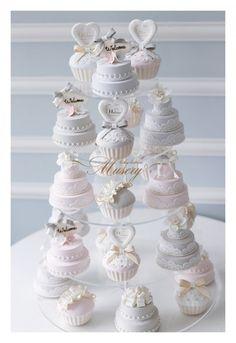 Oh my word. Cupcakes, Cupcake Cakes, Patisserie Cake, Diy Hot Air Balloons, Wedding Birds, Sweet Buffet, Cake Tower, Mini Tortillas, Small Wedding Cakes