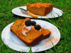 (Recipe for this loaf featured at end of article) Carbohydrates and the role they play in a healthy diet, are one of the most hotly contested nutritional debates in the world, particularly in light of the latest trend towards a high fat/ low carbohydra Dairy Free, Gluten Free, Cornbread, Sugar Free, Sweet Potato, Coconut Oil, Recipies, Nutrition, Diet