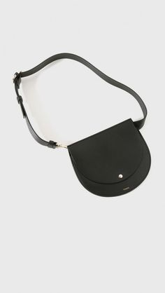 theory leather belted pouch in black the dreslyn