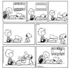 Peanuts Cartoon, Peanuts Snoopy, Peanuts Comics, Snoopy Comics, Cute Comics, Schroeder Peanuts, Charlie Brown And Snoopy, Music Humor, Calvin And Hobbes