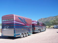 Prevost motorcoach with matching trailer...BJL Prevost Bus, 5th Wheel Trailers, Luxury Bus, Bus House, Rv Travel, Travel Trailers, 5th Wheels, Bus Conversion, Rv Living