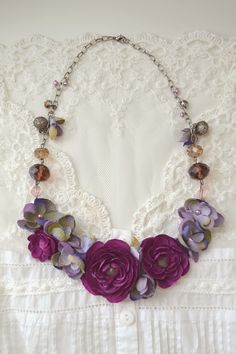 #DIY #RadiantOrchid Necklace Tutorial from @Sachiko Aldous | Click Through for Full Directions | Supplies available at Joann.com or your local Jo-Ann Fabric and Craft Store
