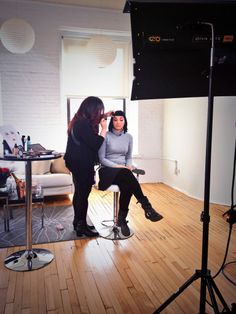 Make Up For Ever's Lijha Stewart helping Gala Darling turn into her style icon! #makeupforevericons