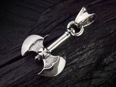 DOUBLE CROSS / TRAVIS WALKER Battle AXE Pendant