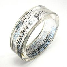 Tribute to Frederic Chopin Resin Bangle Resin Jewelry Music Jewelry - August 31 2019 at Music Jewelry, Cute Jewelry, Jewelry Box, Jewelry Rings, Jewelry Accessories, Unique Jewelry, Jewellery, Music Rings, Bijoux Diy