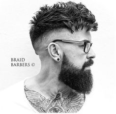 High Skin Fade with Messy Tousled Hair Cool Hairstyles For Men, Haircuts For Men, Messy Hairstyles, Hair And Beard Styles, Curly Hair Styles, Guy Haircut Styles, High Skin Fade, Beard Shapes, Crop Haircut