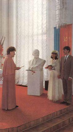 A wedding ceremony in the Ukrainian SSR, 1988.