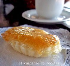 Estos pastelitos son deliciosos, delicados y fáciles de hacer. La receta, está en mi Blog http://elcuadernoderecetas.blogspot.com.es/2015/02/barquillos-rellenos-de-cabello-de-angel.html#more