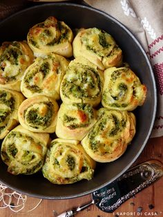 Ricotta, Strudel, Pizza Rustica, Brunch Recipes, Brunch Food, Appetizers For Party, Finger Foods, Italian Recipes, Broccoli