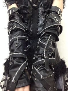 Gothic Punk sexy emo Cyber Strap BONDAGE zippers Fingerless Gloves rock