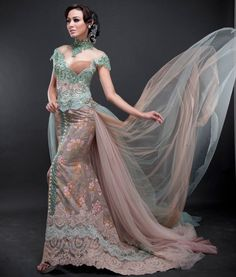 Model Kebaya Pengantin Anggun dan Elegan                                                                                                                                                                                 More