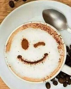 Great ways to make authentic Italian coffee and understand the Italian culture of espresso cappuccino and more! Coffee Latte Art, I Love Coffee, Coffee Cafe, Coffee Drinks, Coffee Shop, Good Morning Coffee, Coffee Break, Cafe Rico, Cappuccino Machine