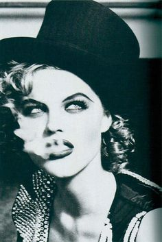 "Eva Herzigova by Ellen von Unwerth Eva Herzigova ""Ballet"" Vogue IT Dec 1991 Ellen Von Unwerth, Claudia Schiffer, Laetitia Casta, Top Models, Gwyneth Paltrow, Black White Photos, Black And White Photography, Vogue, Ellen Show"