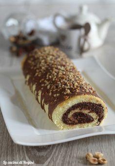 Rotolo di pasta biscotto con crema rocher un dolce di facile esecuzione e di effetto, il successo è assicurato andrà letteralmente a ruba