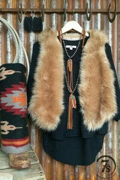 - The softest, most plush and realistic faux fur vest ever! - Brown and cream variation faux fur - Rolled collar that comes up high and cozy on the neck - Champagne satin like lining - Bit of a drop a Fur Vest Outfits, Fall Outfits, Cute Outfits, Western Chic, Western Wear, Love Fashion, Prep Fashion, Style Fashion, Moda Chic