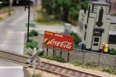 Ho Trains, Model Trains, Casting Kit, Sign Image, Autumn Scenery, Tool Sheds, Model Train Layouts, Ho Scale, Model Building