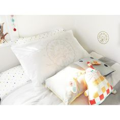 Dream On Dream Lion Pillowcase - via DTLL.