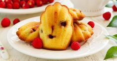 Recette de Madeleines sans sucre aux framboises. Facile et rapide à réaliser, goûteuse et diététique. Ingrédients, préparation et recettes associées.
