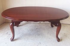 Vintage Oval Mahogany Coffee Table With Cabriole Legs $95