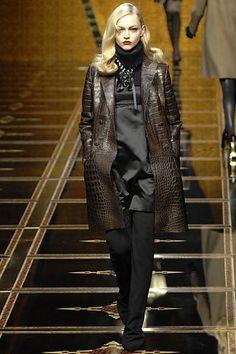 Valentino Fall 2007 Ready-to-Wear Fashion Show - Julia Stegner