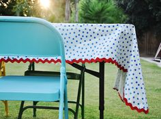 This customer wanted to customize her tablecloth and used a cute zig-zag trim!