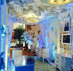 Suryanto decoration at bridestory weddinginspiration suryanto decoration at bridestory weddinginspiration weddingideas thebridestory weddingdecor wedding gowns pinterest decoration junglespirit Choice Image