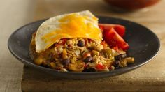 Browse Old El Paso recipes for traditional Mexican dishes such as tacos, enchiladas, burritos and more. Discover delicious meat and vegetarian dinner ideas. Mexican Chicken Casserole, Chicken Enchiladas, Cheesy Enchiladas, Mexican Dishes, Mexican Food Recipes, Ethnic Recipes, Mexican Meals, Cheat Meal, Great Recipes