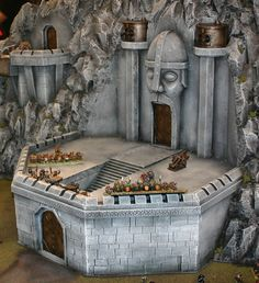Lotr Dwarven Castles | Dwarf Castle or Stronghold from a display at GamesDay 2006 under ...