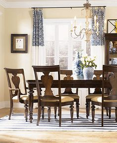 Bertanie Loft Collection Solid Wood Casual Dining Room Furniture