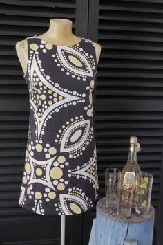 Vestido estilo años 60.   $20  via Bahía, confecciones, recuerdos y puestas de sol.. Click on the image to see more!