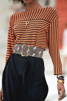 Fashion Week, Spring Fashion, High Fashion, Fashion Show, Womens Fashion, Fashion Trends, Outfit Primavera, Marine Look, Look Chic