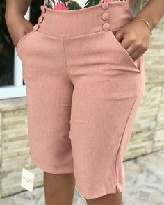 boutiquefeel / Buttoned Slit Pocket Design Above Knee Pant Trend Fashion, Fashion Pants, Fashion Outfits, Short Outfits, Stylish Outfits, Denim Overall, Look Office, Iranian Women Fashion, Denim Jumpsuit