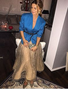 Style Ramona Filip, Fashion Beauty, Womens Fashion, Wrap Dress, Cute Outfits, Romantic, Elegant, Instagram, How To Wear