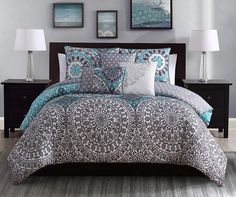 Find a great collection of bedding sets today at Big Lots. Browse a selection of great priced bedding sets including comforters, bed sheets, pillow cases & more! Designer Comforter Sets, Teal Bedding Sets, Luxury Comforter Sets, Queen Comforter Sets, Grey Bedding, Modern Bedding, Duvet Sets, Living Colors, Black Headboard