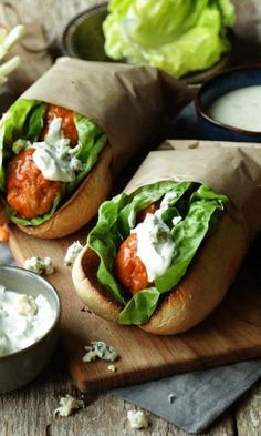 Looking for food to serve your guests for March Madness? Try this Delicious Buffalo Chicken Meatball Sandwich with Blue Cheese Sauce! Buffalo Chicken Meatball Sandwich with Blue Cheese Sauce - Buffalo Chicken Meatball Sandwich with Blue Cheese Sauce! Sandwich Recipes, Lunch Recipes, Dinner Recipes, Cooking Recipes, Healthy Recipes, Homemade Sandwich, Menu Café, Homemade Buffalo Sauce, Buffalo Chicken Meatballs