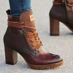 f41802c8a Botines para mujer en color marrón. Características con cremallera
