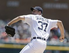 Max Scherzer improved to 7-0 this season with a victory Sunday afternoon against the Minnesota Twins.